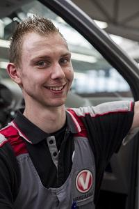 auto technicus autoweerd utrecht vakgarage werkplaats