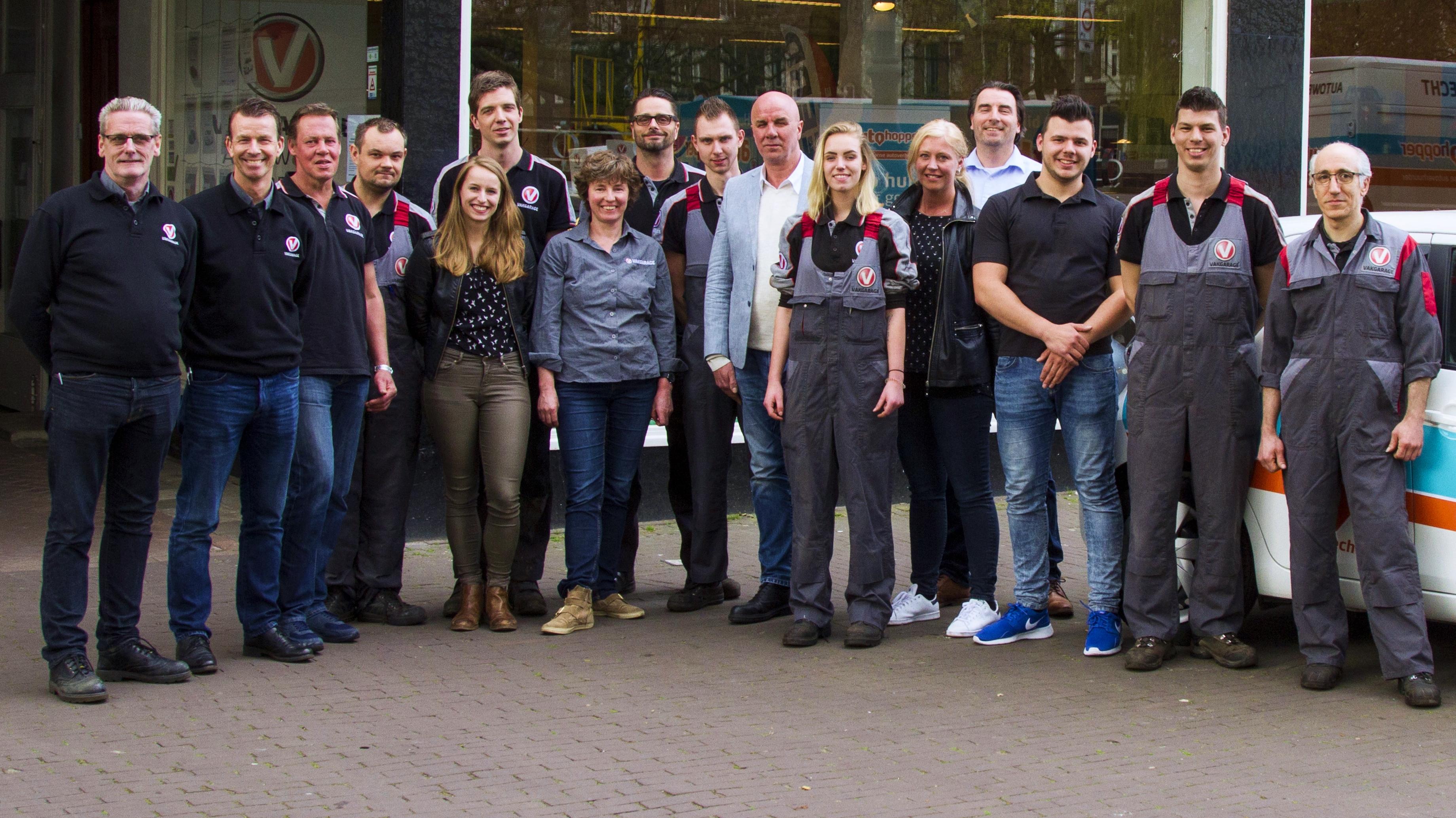 gegevens Vakgarage Autoweerd Utrecht team APK-keurmeesters autoverkoop
